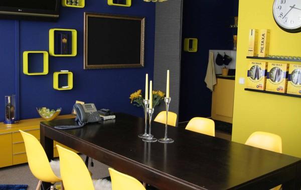 Kancelář zasedačka